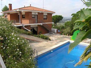 Chalet  Sant miquel. Casa  con jardín ,piscina y garj