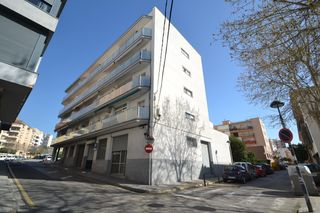 Local Comercial en Carrer Arago