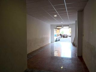 Business premise in Moncada. Local en venta en moncada de 67 m2