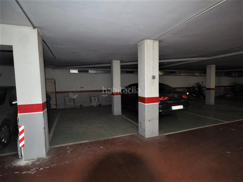 Garaje. Appartement mit parking pool in Centre Torredembarra