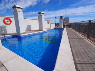 Apartament  Centro. Piso con parking y piscina