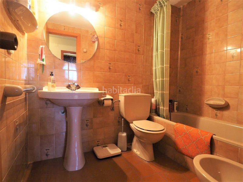 Baño. Appartement mit parking pool in Platja-Els Munts Torredembarra