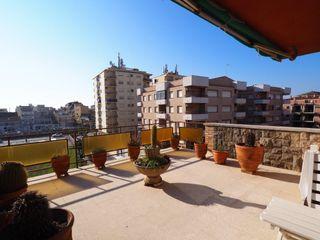 Àtic a Urbanitzacions. Ático-dúplex con gran terraza