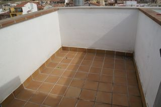 Rent Apartment  Carrer tinent coronel sagues