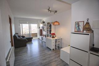 Appartamento in Roda de Ter. De 3 habitaciones