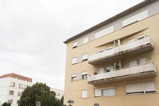 Appartement  Zona carrer montserrat / atlantida. Pis a vic