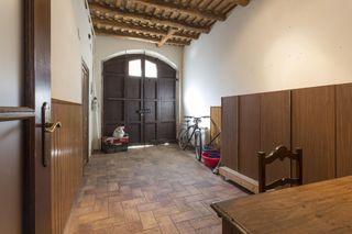 Casa adossada  Manlleu. Casa restaurada manlleu