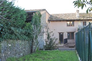 Semi detached house  Roda de ter. Casa de poble a roda de ter