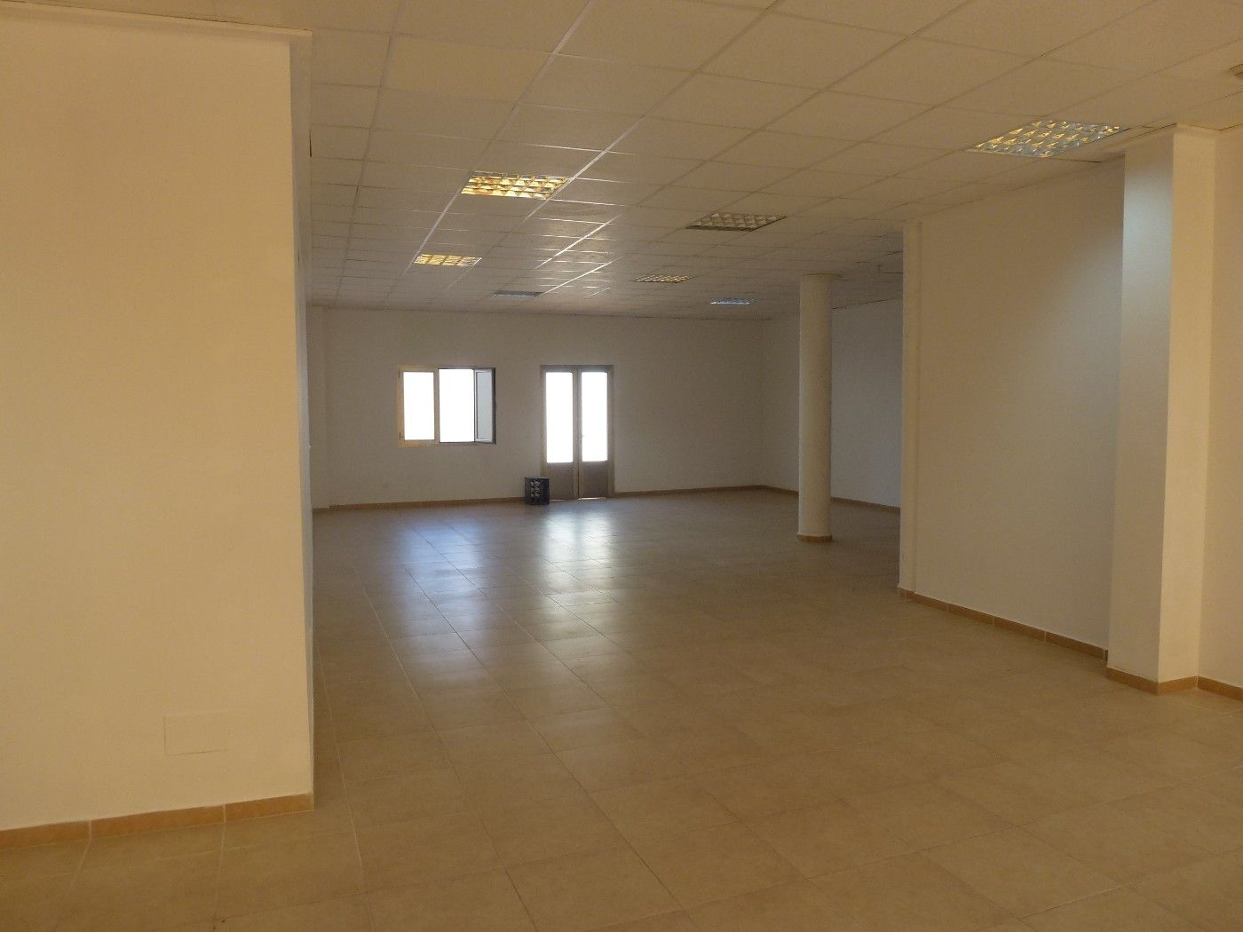 Local Comercial  Carrer anselm turmeda. Local de 117 m2  en binissalem