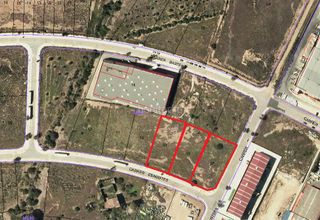 Area edificabile industriale in Valls. Solar para nave de 1500 m²