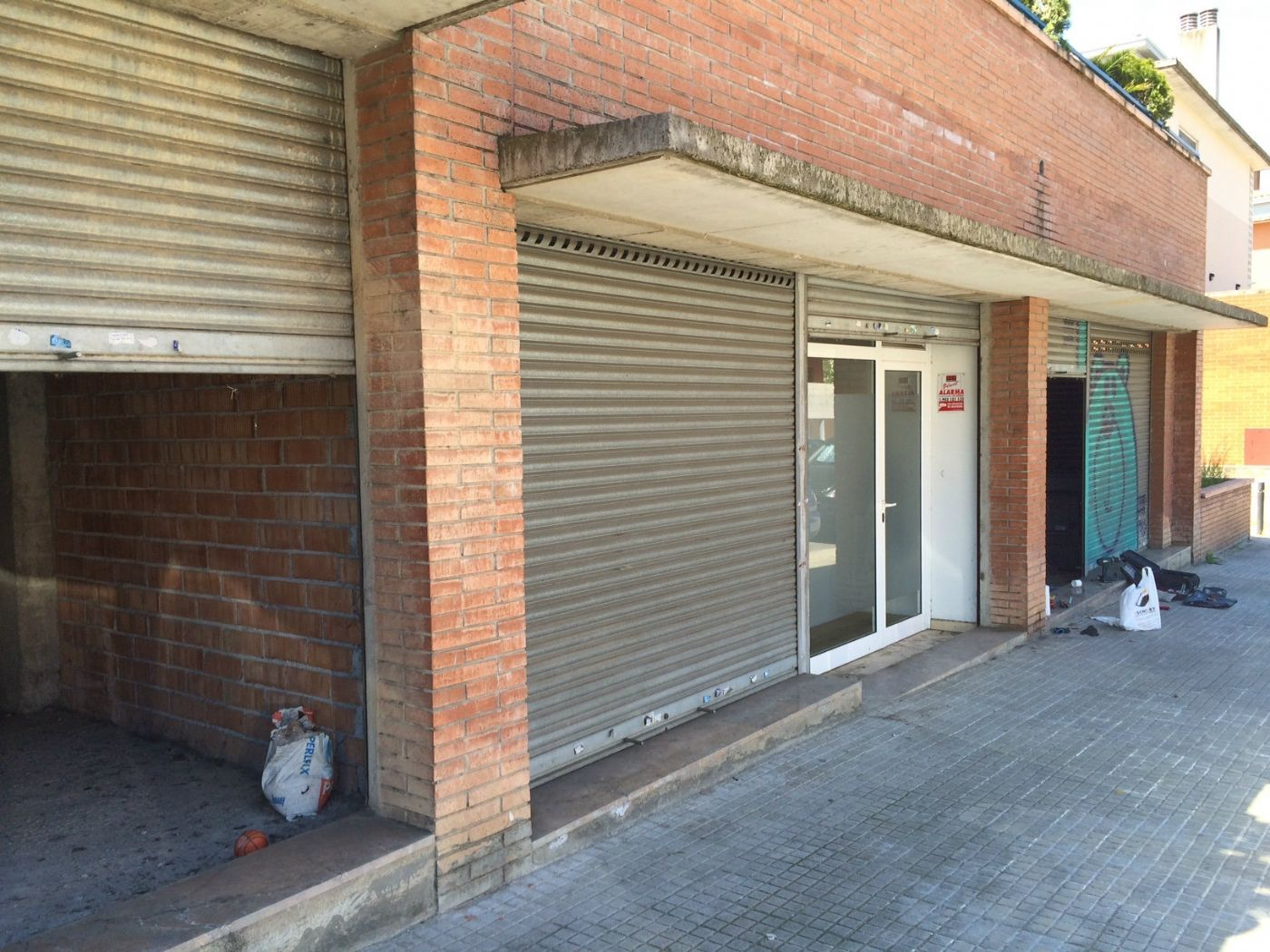Alquiler Local Comercial  Carrer pont. Local 300 m2 ideal supermercado