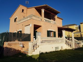 Chalet in Carrer Joan Alcover