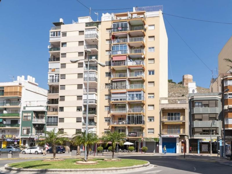 edificio. Penthouse with fireplace in Sant Antoni Cullera