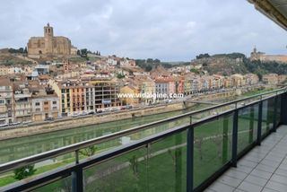 Rent Apartment  Avinguda pere iii
