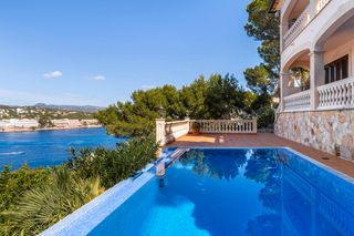 House in Via cornisa, santa ponsa, 46. Villa con impresionantes vistas