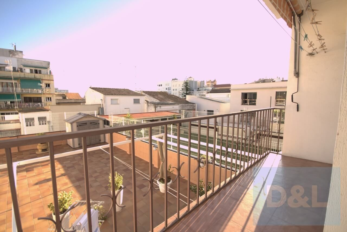 Appartement Rambla Josep Antoni Vidal. Appartement spacieux au centre