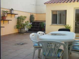 Location Appartement  C/ lliri. En ple centre