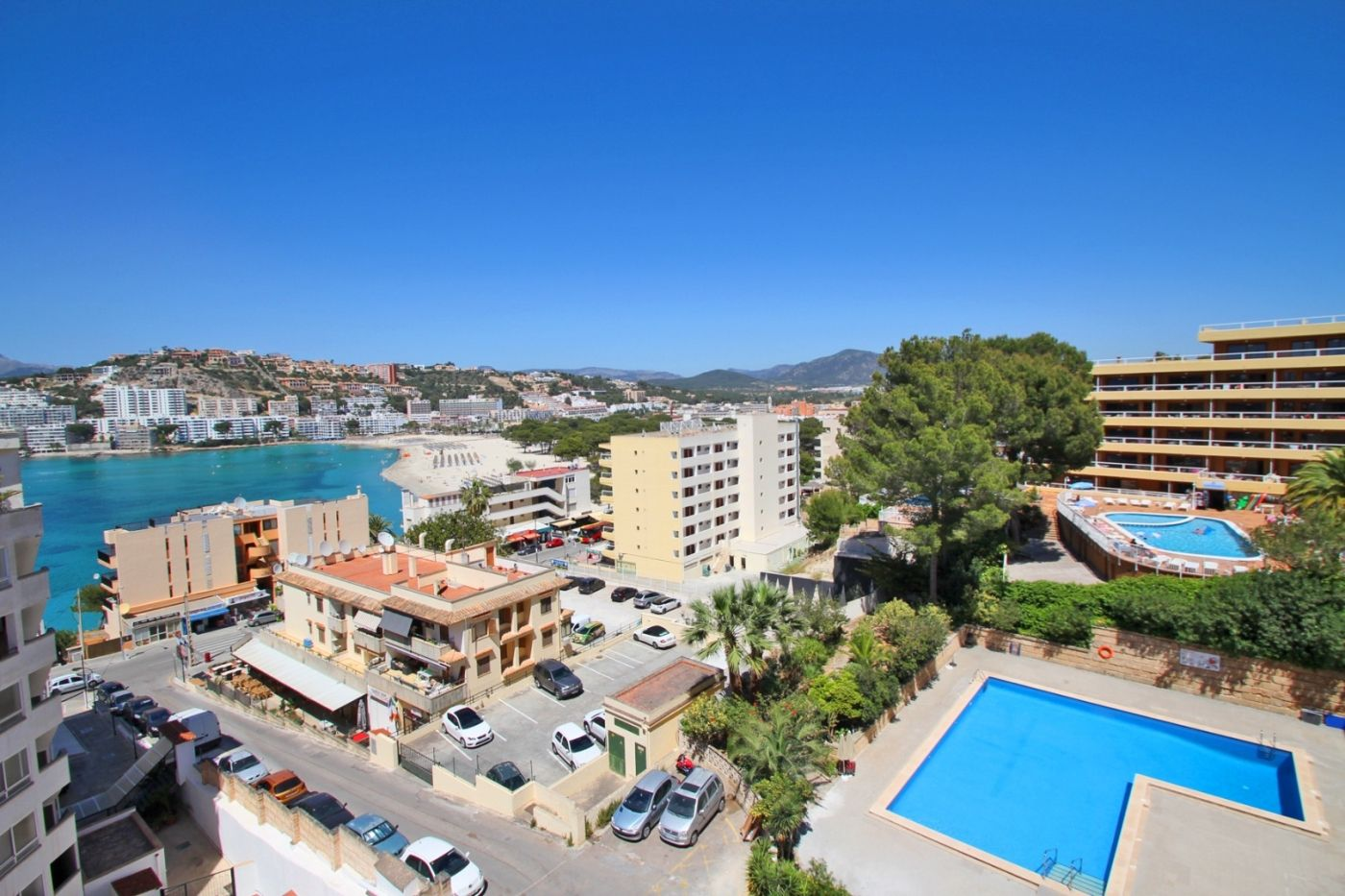 Location Appartement à Santa Ponça. Piso amueblado con ascensor, aire acondicionado y vistas al mar