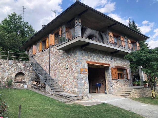 Casa  Camí la capellana. Casa chalet en venta, 4 habitaciones, 3 baños y gran jardín en l