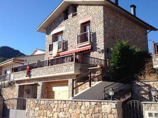 Chalet in Sant Llorenç de Morunys. Casa - xalet semi nuevo en venta, amueblada, 250 m2 construidos,