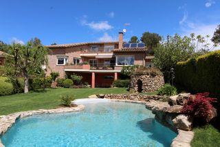 Haus in Carrer gregal, 24. Maravillosa con jardin y piscina