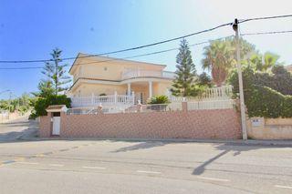 House in Avinguda montseny, 39. Casa unifamiliar mas dén serra