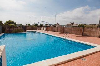 Piso en Campoamor. Planta baja de 2 habitaciones piscina comunitaria ¡como nuevo!