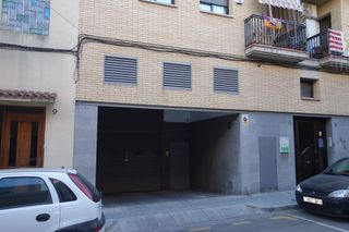 Parking voiture à Carrer doctor robert, 6. Oportunidad por precio!!!!