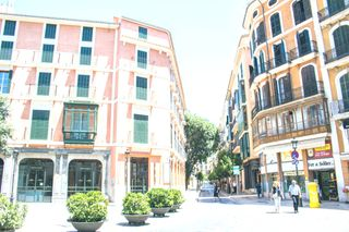 Rent Duplex  Carrer colom. Con parking