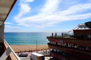 Miete Appartement in Carrer josep tarradellas i joan, 4. ¡una joya con vista al mar!