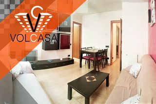 Rent Flat  Carrer pirineus, 64. Buen estado  y con patio