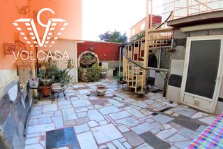 Piso en Carrer doctor pages, 114. Planta baja con amplio patio