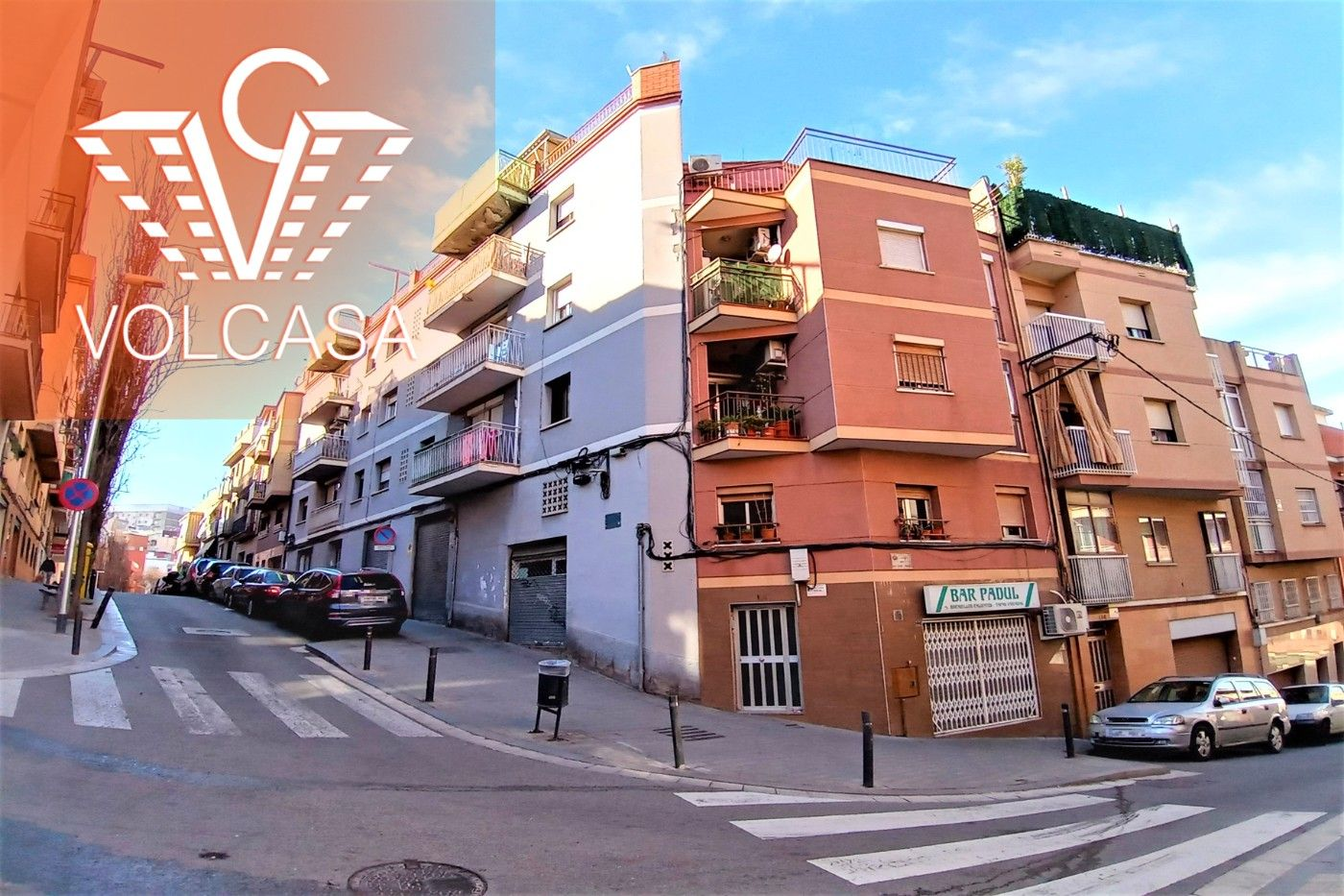 Piso en Carrer doctor pages, 112. Planta baja con patio de 35m2