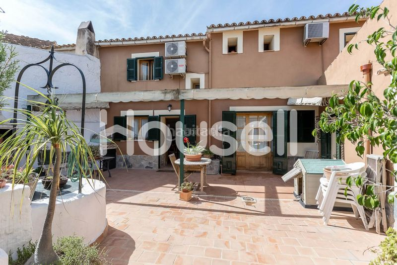 DCIM-2. House with parking pool in Consell