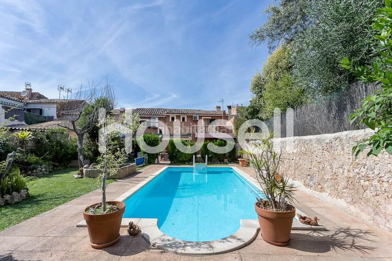 DCIM-5. House with parking pool in Consell