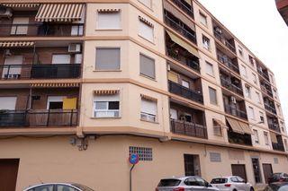 Flat en Calle cervantes, 4. Magnífica oportunidad
