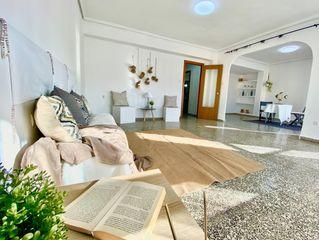 Etagenwohnung en Calle reig genoves, 7. ¡una vivienda wow!