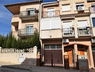 Semi detached house in Calle pau (la), 79. Bungalow la paz