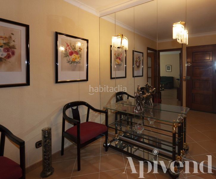 Entrada. Apartment with heating in Centre Roses