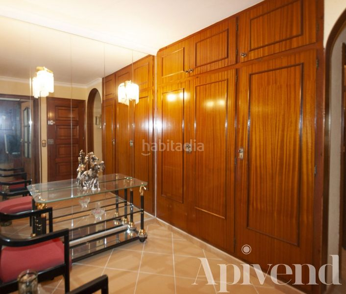 Entrada . Apartment with heating in Centre Roses