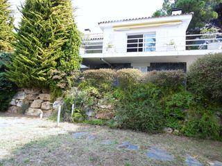 Casa Carrer Aurons. Casa de 239 m2 y parcela de 967