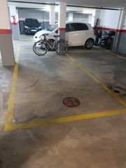 Parking coche en Carrer argentina, 49. Parking para coche y moto