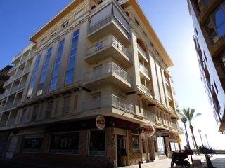 Apartamento Paseo Juan Aparicio, 15. Apartamento en alquiler en torrevieja, playa del cura por 600 eu