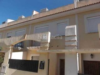 Semi detached house in Pl. Narcisco Yepes