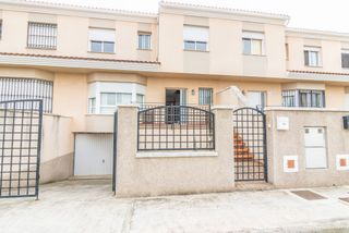 Semi detached house in Beneixida. Solvia inmobiliaria - chalet adosado beneixida