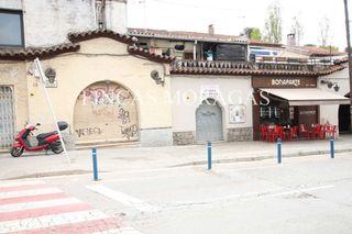 Local Comercial  Rambla mossen jacint verdaguer. Céntrico