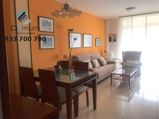 Location Appartement  Casco antiguo. Tercero con 3 habitaciones, ascensor y parking