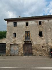 Country house in Besalú
