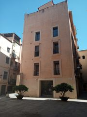 Location Appartement à Carrer mercaders, 13. Pis en lloguer al barri vell