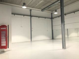 Rent Industrial building  Camí solicrup. Nave